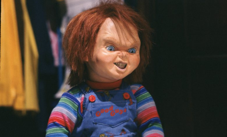 """'Chucky': Don Mancini & Jennifer Tilly On Why Series Tells Charles Lee Ray's Origin Story & How 2019 Movie Thew """"Crimp In Things"""""""