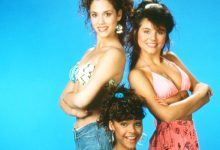 Photo of 'Saved By The Bell's Elizabeth Berkley, Tiffani Thiessen, & Lark Voorhies Reunite For The 1st Time In 30 Years