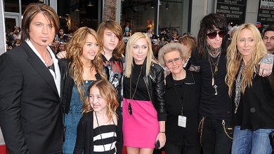 Photo of Billy Ray Cyrus' Kids: Everything To Know About The Country Star's 6 Children