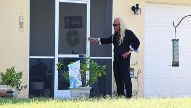 Photo of Dog The Bounty Hunter Joins Search For Gabby Petito's Fiancé Brian Laundrie — Watch