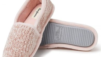 Photo of These Mega-Soft Chenille Slippers Are Calling Your Name for Fall