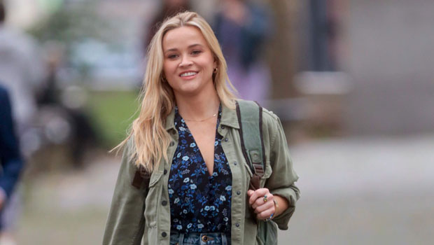 Photo of Reese Witherspoon Rocks Denim Skirt While Filming In NYC: See Her Slaying The Fall Trend