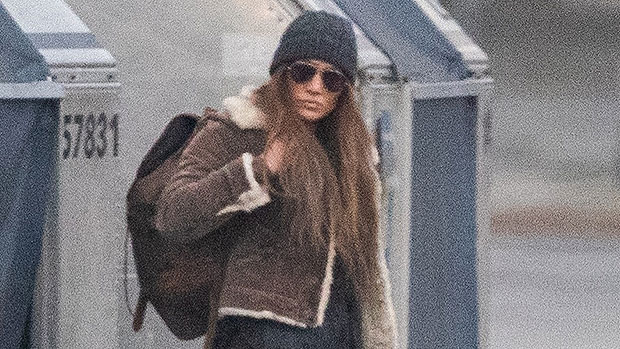 Photo of Jennifer Lopez Morphs Into An Assassin For Action-Packed 'The Mother' Scene In Vancouver — Photos