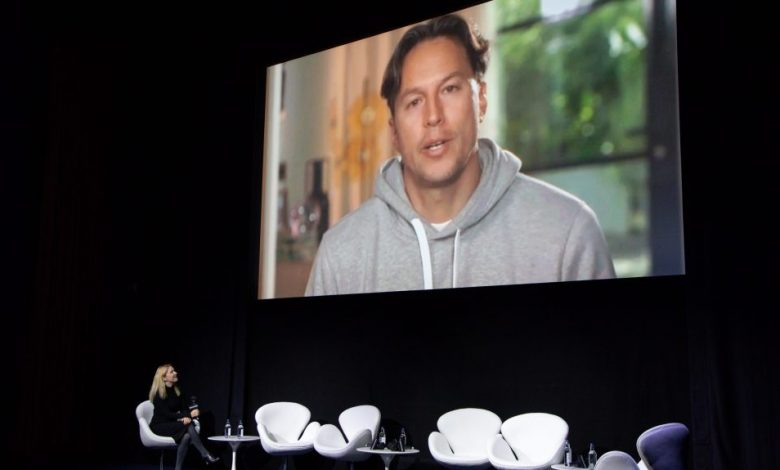 """Photo of Cary Joji Fukunaga Says It Was A """"Major, Major Relief"""" That 'No Time To Die' """"Didn't End Up On A Streaming Platform"""" – Contenders London"""