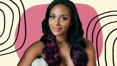 Photo of Pro Wrestler Brandi Rhodes Says Postpartum Anxiety Gave Her the 'Fear of Every Unknown Possible'