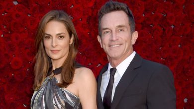 Photo of Jeff Probst's Wife: Everything To Know About 'Survivor' Host's Spouse Lisa Ann Russell